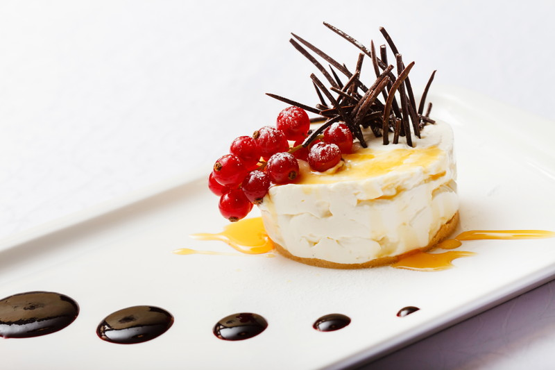 cheesecake with red currant